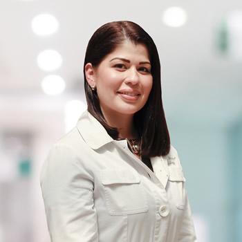 Dr. Astrid Araque